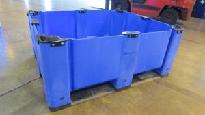 macx-solid-blue-longside-48x40x16-capped